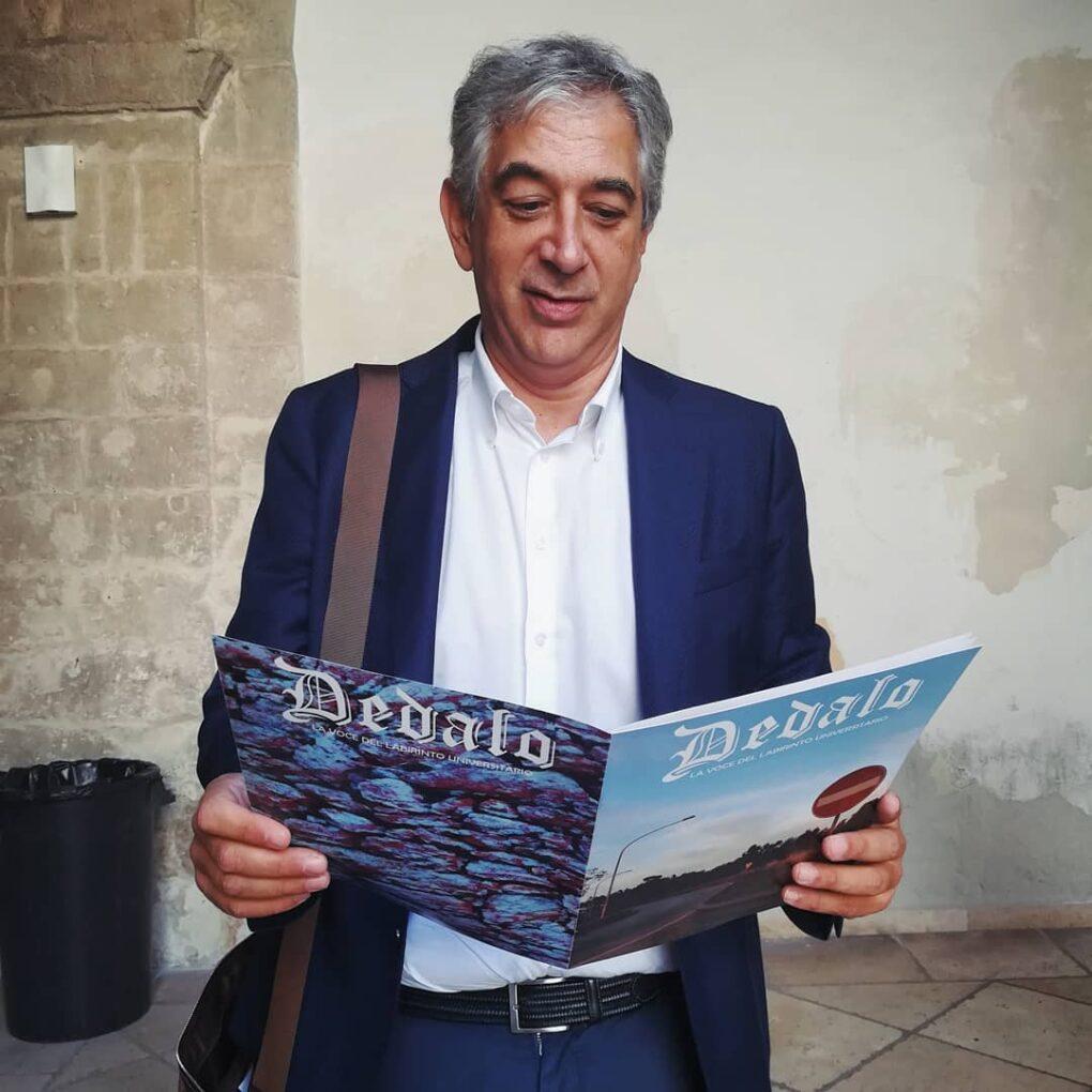 I nostri articoli, professore legge la prima edizione di Dedalo