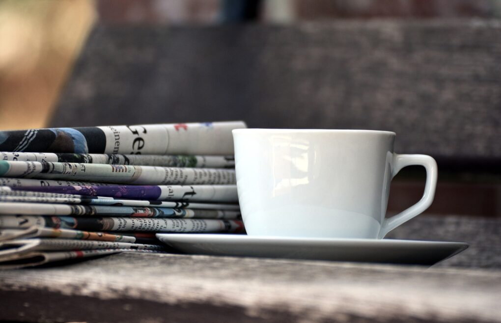 Attualità, caffè e giornale